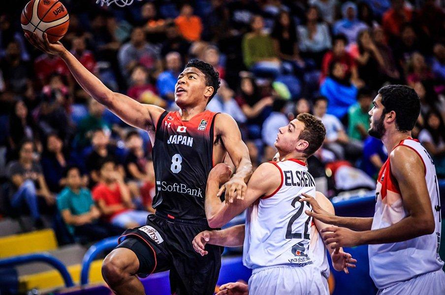バスケ日本男子、歴代最高の成績。U-19W杯で世界を驚かせた戦法とは。<Number Web> photograph by FIBA