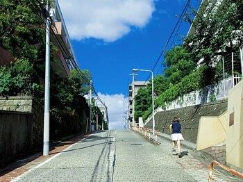 <「全力坂」プロデューサーが教える> 走りたくなる坂はどこにある?<Number Web> photograph by Asami Enomoto