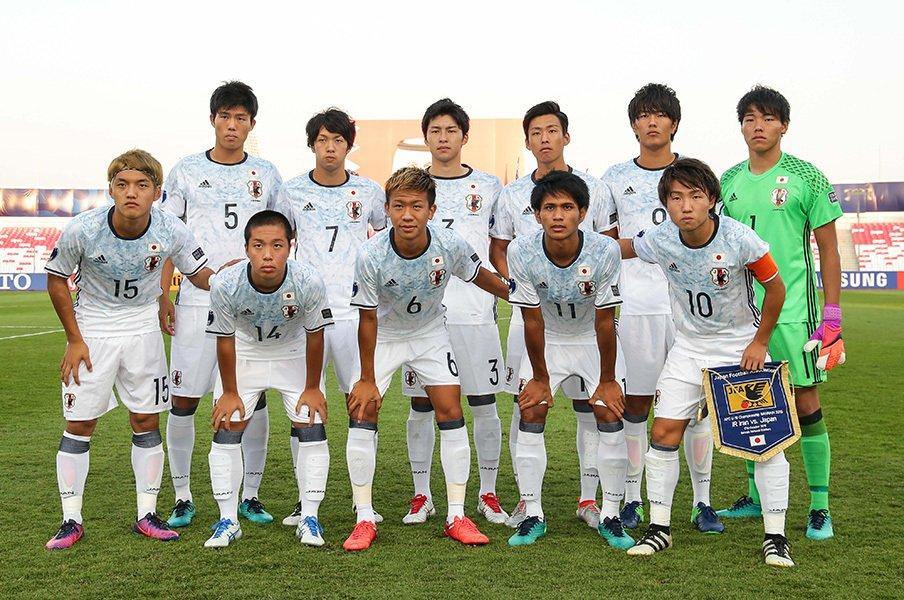 内田・香川以来の快挙まであと1つ!U-19を支える2人のCBの波及力。<Number Web> photograph by AFLO