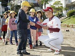 楽天の新監督は日本野球の革命家。「常識を度外視したシフトを考えた」