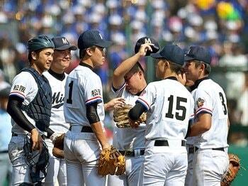 三重・中村監督の「全員出す」信念。思い出作りではなく、勝つためにこそ。<Number Web> photograph by Hideki Sugiyama