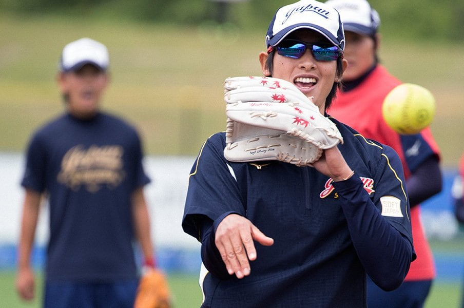 東京五輪でソフトボールの感動再び!34歳・上野由岐子は必死で「休む」。<Number Web> photograph by Nao Nakai