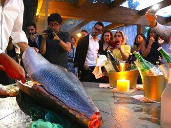 中田英寿、ミラノで続々イベント開催。日本酒の未来へ、手応えを感じた夜。<Number Web> photograph by Kosuke Kawakami