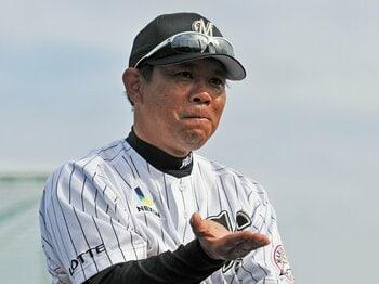 西村監督は自身の胴上げを予想済み!?V字回復を遂げたロッテに死角なし。<Number Web> photograph by Hideki Sugiyama
