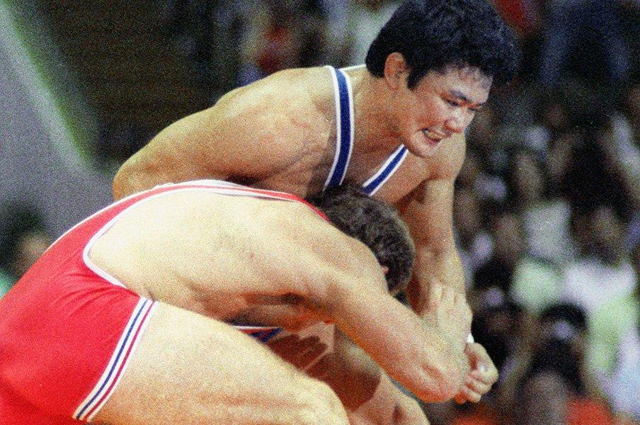 メダルや優勝だけがナンバーワンか。レスリング太田章の生き方と銀2つ。<Number Web> photograph by Kyodo News