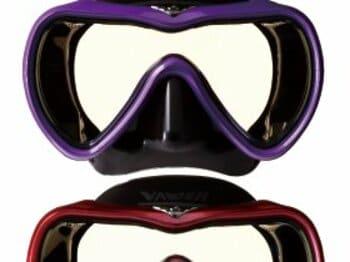 """ダイバーの望みを叶えた、革新的な一眼マスク。~ダイビングの""""新体験""""~<Number Web> photograph by Tomoki Momozono"""