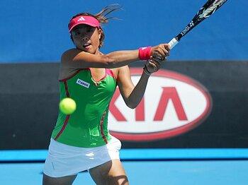 攻撃一本から万能型へ。森田あゆみ、脱皮の兆し。~テニスの天才少女、その後~<Number Web> photograph by Hiromasa Mano