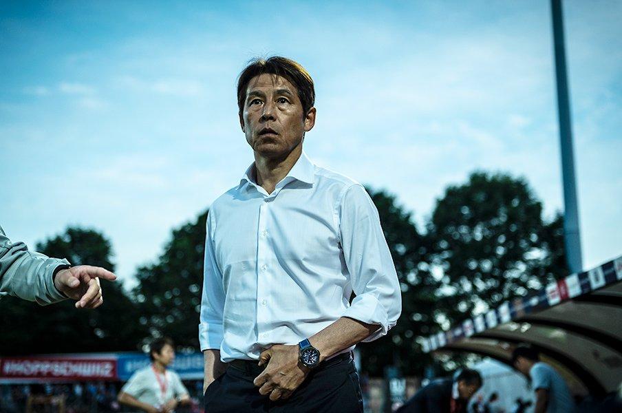 代表の攻撃に閉塞感が漂う理由は?必要なのは西野監督が方向を示す事。<Number Web> photograph by Takuya Sugiyama