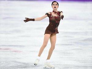 メドベデワと羽生結弦が同門へ。「最強チーム」で北京五輪に挑む。