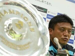 4度目J1復帰、湘南の志はより高く。「らしいサッカーだけでなく……」