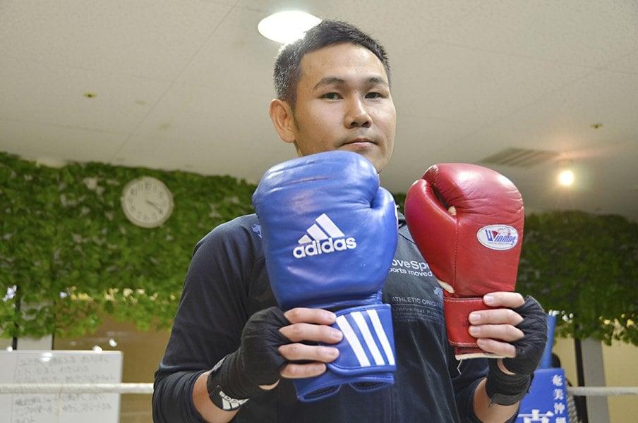 東京五輪を目指す元プロボクサー。高山勝成の「あと5cm」への挑戦。<Number Web> photograph by Daiki Tanaka