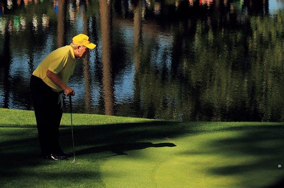 ギア規制の先に未来はあるか。~ゴルフで30アンダーが出たっていい~<Number Web> photograph by Getty Images