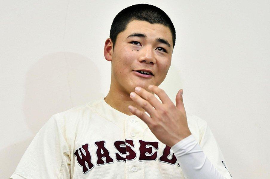 清宮幸太郎は大人で、妙に可愛い。「頭、ペシャンコじゃないですか?」<Number Web> photograph by Kyodo News