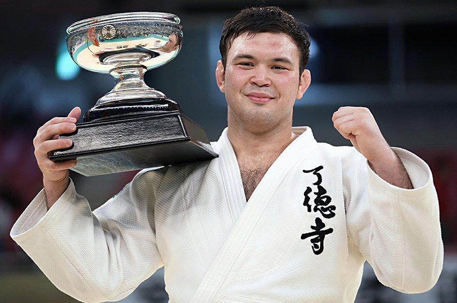 100キロ級で「柔道3冠」を目指す。ウルフ・アロン、1年延期のメリット。<Number Web> photograph by KYODO
