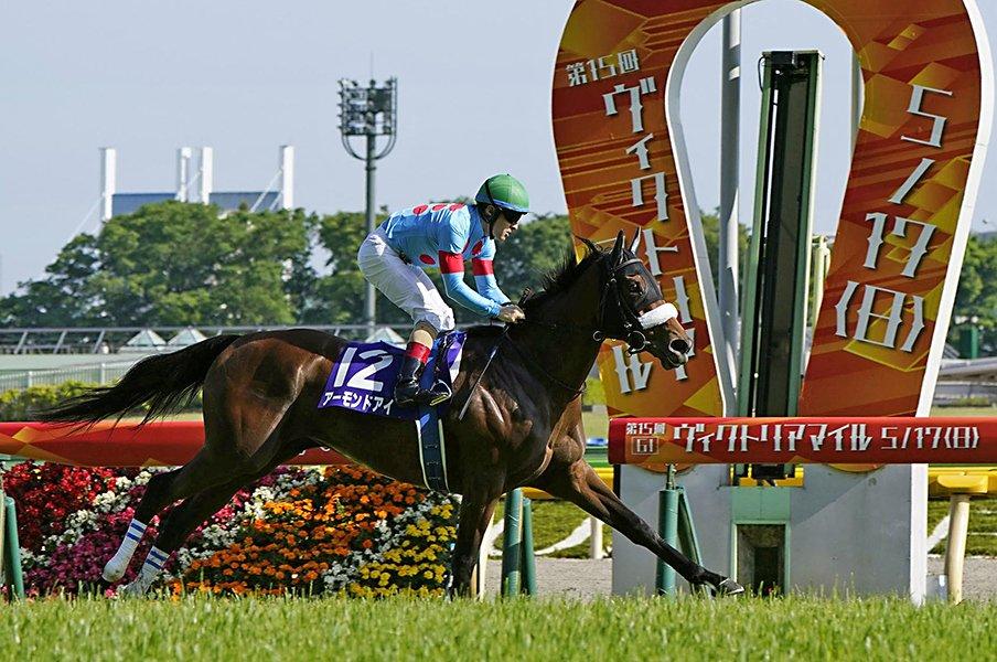 アーモンドアイ、初のGI8勝目へ。「ルドルフの呪縛」がついに解ける?<Number Web> photograph by Kyodo News