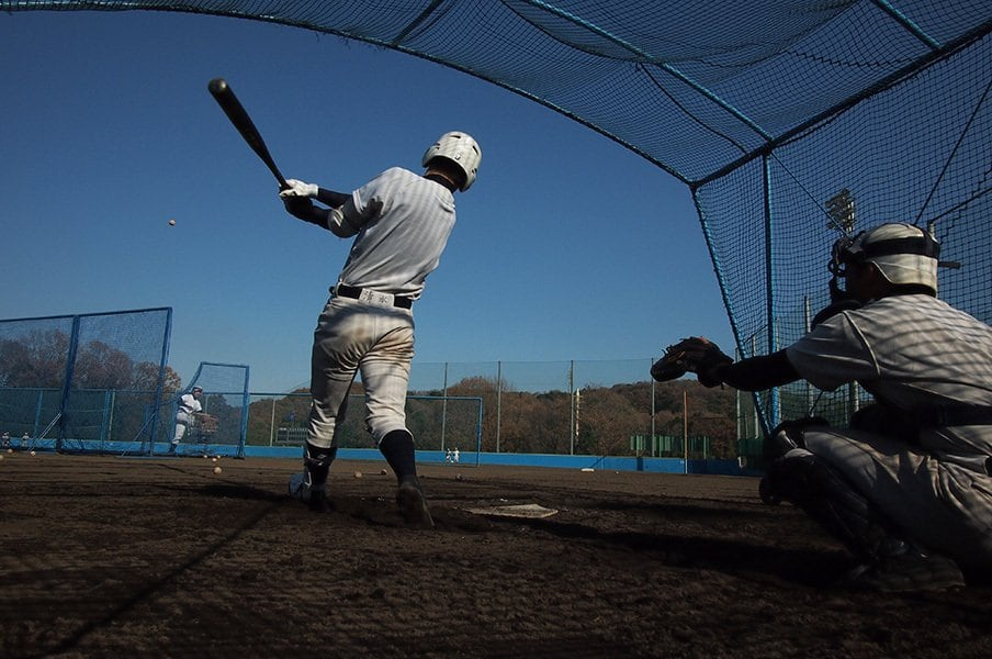 野球の新練習法は冗談から生まれる。外野の頭を越えたらグラブを外す?!<Number Web> photograph by Hideki Sugiyama