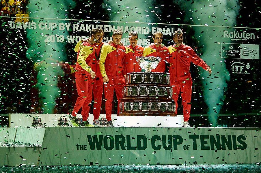 """スター集結のデ杯でスペインが優勝。""""夢の球宴""""新フォーマットの中身 ..."""