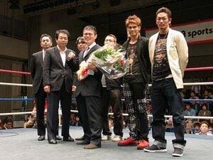 引きこもりだったキックボクサー。ファイヤー原田、37歳で涙の引退式。