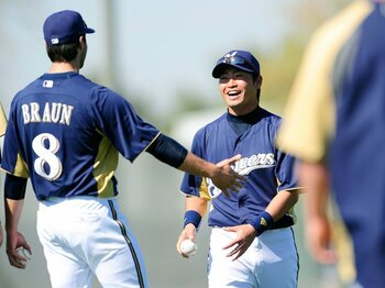 初ヒットに満面の笑み。青木宣親、安打量産の予感。~MLBのシビアな評価のなかで~<Number Web> photograph by Yukihito Taguchi