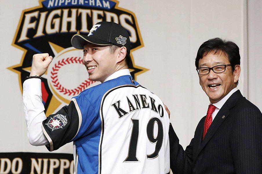 金子投手の日本ハム入りで思い出す、大谷翔平との全球ストレート勝負。<Number Web> photograph by Kyodo News