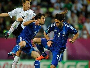 盤石のドイツに声を失わせた奮闘。苦境ギリシャの晴れがましき敗戦。