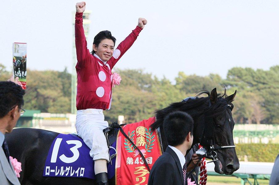 """""""美学と矜持の男""""の引退を惜しむ。藤田伸二、「番長」の裏にある素顔。<Number Web> photograph by Yuji Takahashi"""