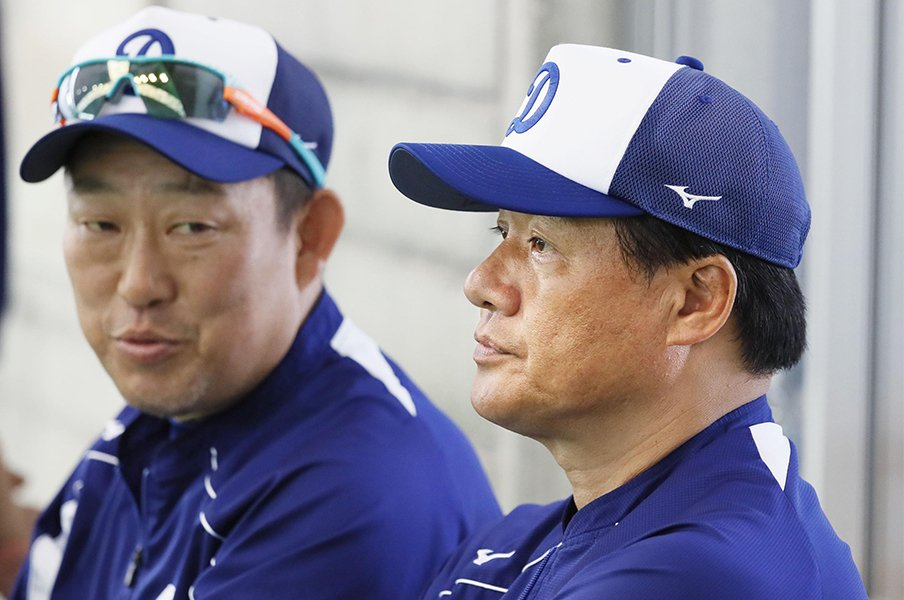 今もなお語り継がれる「与田の18球」。監督初戦は因縁深きベイスターズ。<Number Web> photograph by Kyodo News