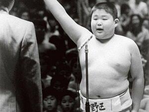 わんぱく相撲大会はいかに?元豪栄道も後輩たちにエール。