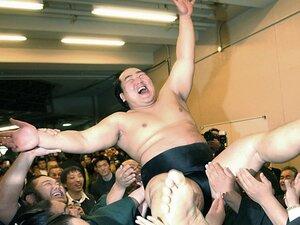 """ヒール横綱の元付け人たちが語る、朝青龍は""""気のいいあんちゃん""""。"""