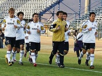 ベスト16では誰も満足していない。代表選手たちが語るパラグアイ対策。<Number Web> photograph by Naoki Nakanishi/JMPA