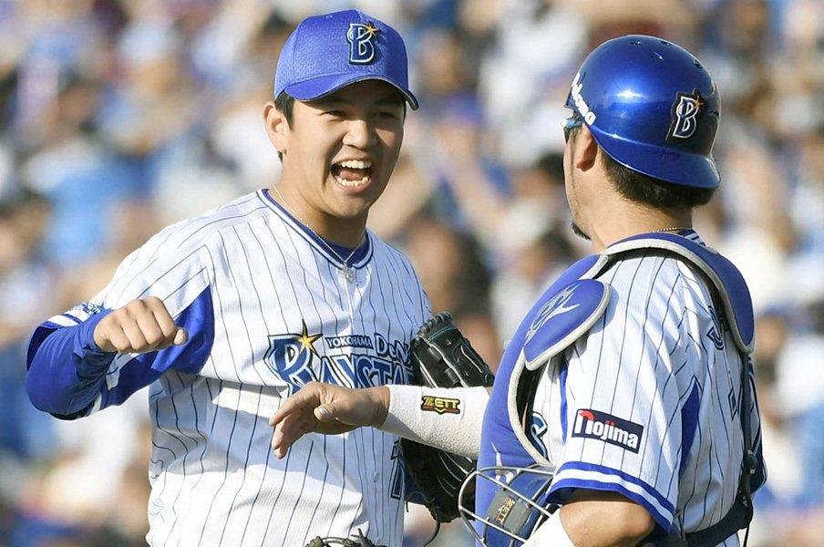 9回以上に、7回が勝負を分ける?山崎康、中崎、牧田が語る継投論。<Number Web> photograph by Kyodo News