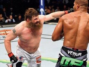 ポッチャリでも知的で強い、ロイ・ネルソンの魅力。~UFCの元教師ファイターが右でKO宣言~