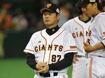 12球団随一の名コーチは横浜を再建できるか。~試される尾花新監督の手腕~<Number Web> photograph by Hideki Sugiyama