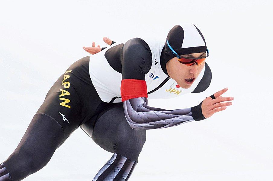 あふれる馬力で世界と戦う、男子スケートの新星・新濱立也。~現役大学生が世界記録保持者に圧勝~<Number Web> photograph by AFLO