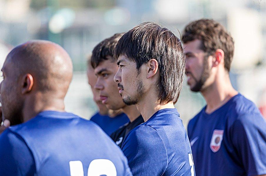 ジブラルタルで生きる日本人選手。欧州の端っこからCLを目指して。<Number Web> photograph by Shohei Tsurumi