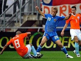 """サッカーの国際的平板化とそれでも残る代表チームの""""癖""""。"""