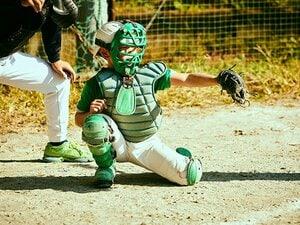 """「野球やめなきゃいいな…」少年野球の現場で考えた""""4~6mの差"""" なぜ""""名キャッチャー""""は生まれにくくなった?"""