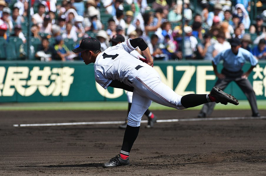 マウンドと傾斜が違うブルペンって。野球が上手くなるための意外な視点。<Number Web> photograph by Hideki Sugiyama