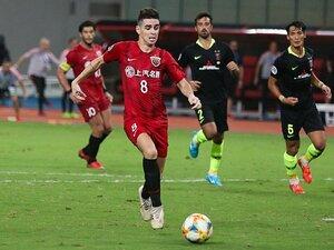 """【ついにバブル崩壊】中国サッカーに""""爆買いされた名手""""の今 74億円の男オスカルは充実、「グアリン砲」は母国に戻り…"""