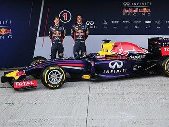 かつての美しさはどこへ行った!?F1のイメージを覆す新車に唖然。<Number Web> photograph by Getty Images