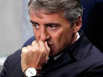 勝っても勝っても評価されない、マンC、マンチーニ監督の憂鬱。<Number Web> photograph by AFLO
