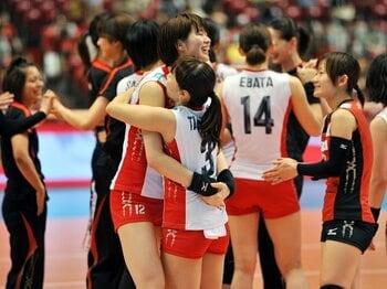 世界最終予選で苦戦した女子バレー。それでも五輪でメダルを狙える理由。 <Number Web> photograph by Jun Tsukida/AFLO SPORT
