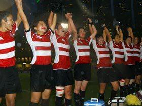 嵐の中のアベック優勝。男女ともに7人制W杯へ。