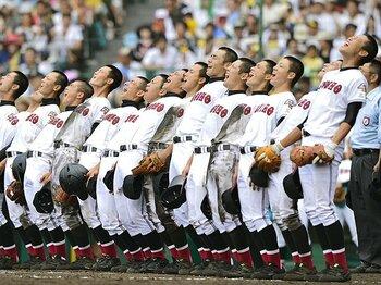 """出場試合ゼロの津商""""レギュラー""""。甲子園で勝つための仕事は無限に。<Number Web> photograph by Kyodo News"""