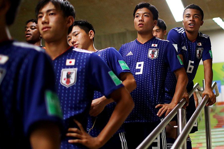 水沼貴史が高校世代に求める素質。「伸びる選手にあるものは……」<Number Web> photograph by Getty Images