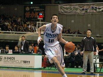 """高校バスケの祭典ウインターカップ。""""ネクスト八村塁、渡邊雄太""""は誰だ。<Number Web> photograph by Miho Aoki"""