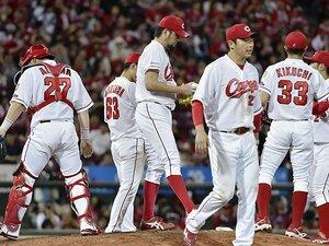 なぜ広島は野手と投手に溝がないか。「黒田さんの教えがあるんだと」