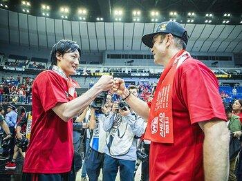 苦しい立場のアルバルクが連覇達成。BリーグCSが物語る日本バスケの成長。<Number Web> photograph by Kiichi Matsumoto