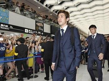 """ロシアW杯で誰が、どう儲かったのか?""""クローズド""""な構造を""""オープン""""に。<Number Web> photograph by Kyodo News"""