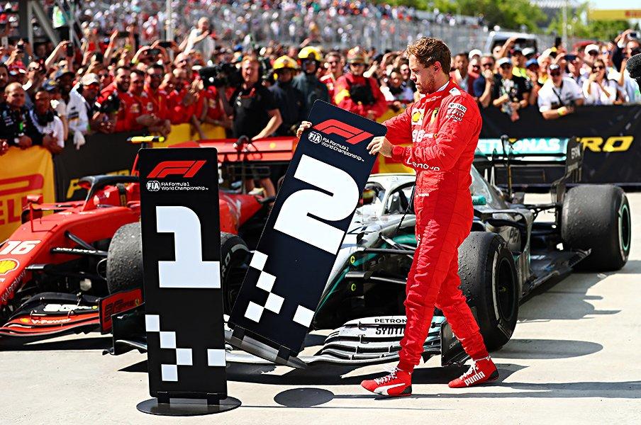 勝利剥奪のペナルティにベッテル激怒。F1レースの裁定はどうあるべきか。<Number Web> photograph by Getty Images